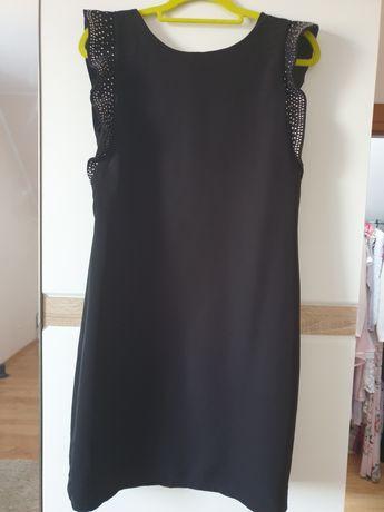 Sukienka z cekinami Reserved