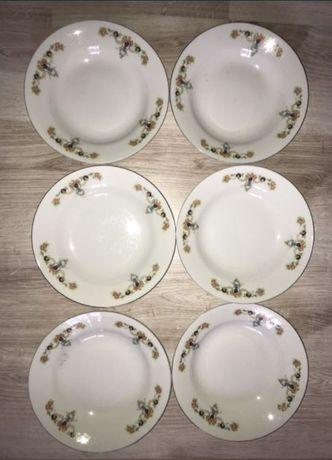 Комплект японских тарелок