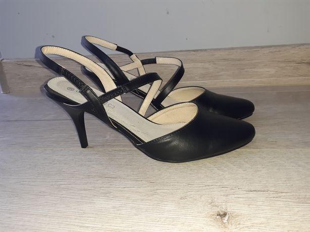Nowe pantofle, sandały r37-38