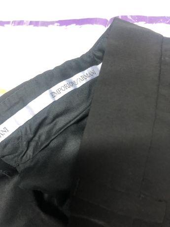 Armani-calças