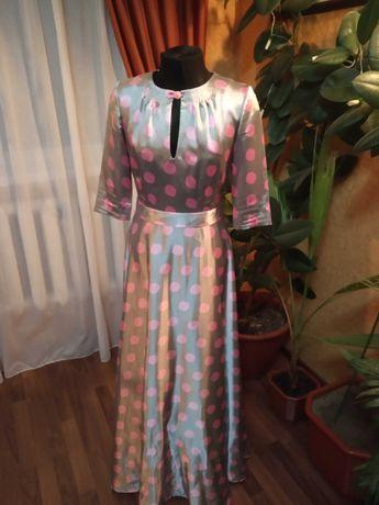 Одежда женская. Платье в пол.
