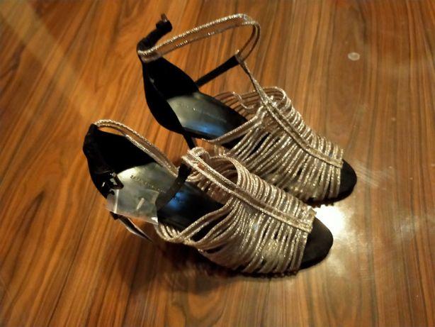 Buty wyjściowe Zara