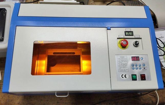 Máquina Gravador/Corte a Laser Co2 40w nova COM FORMAÇÃO INCLUIDA