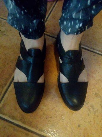 Skórzane buty damskie rozmiar 43