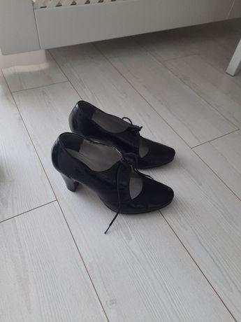 Buty z naturalnej skóry Wojas