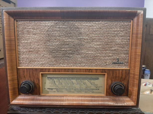 Stare kolekcjonerskie radio lampowe Siemens 12Gw