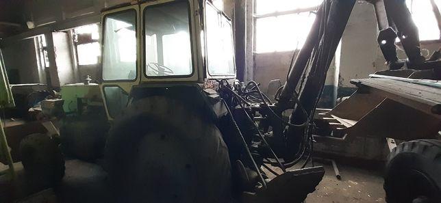 Трактор ЮМЗ-6 екскаватор