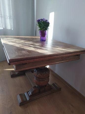 Stół inkrustowany, rzeźbiony