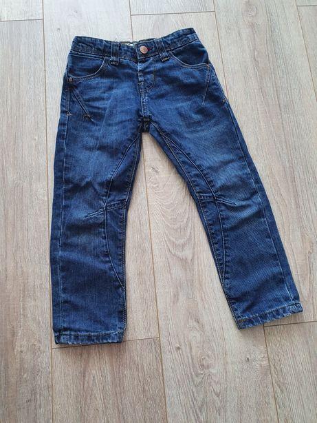 Spodnie jeansy chłopięce 110