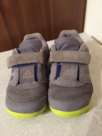 Кросовки детские adidas