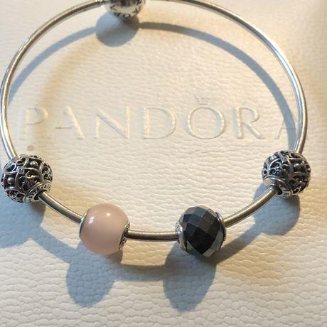 Bransoletka Pandora Essence