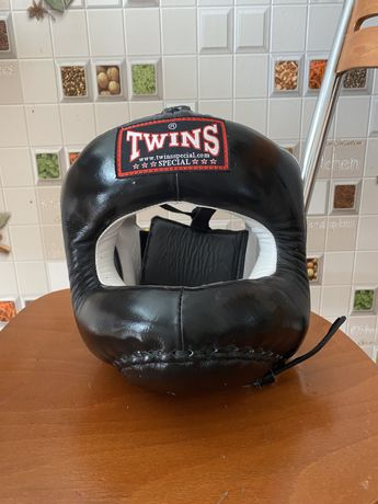 Шлем для бокса твинс