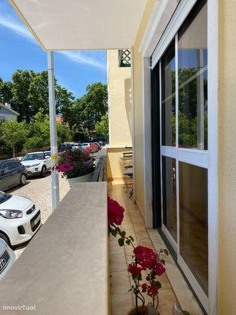 Apartamento T2 Parede 2 quartos 2 casas de banho Garagem BOX opcional