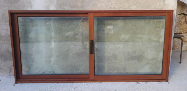 2 Janelas Aluminio Imitação de Madeira