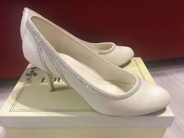 Продам кожаные свадебные туфли Louisa Peeress, 37 р.