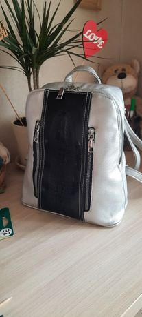 Рюкзак срібний жіночий