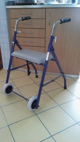 nowy chodzik dla niepełnosprawnego