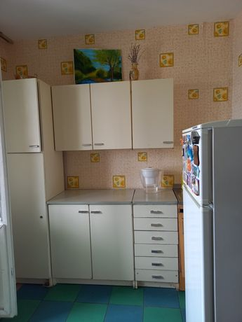 Срочно ищу соседку,  аренда квартиры  г. Киев