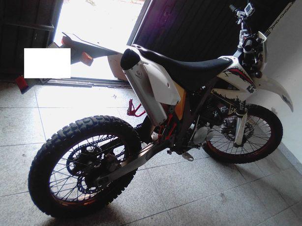 AJP PR4 125 - kit 150 cc - Enduro