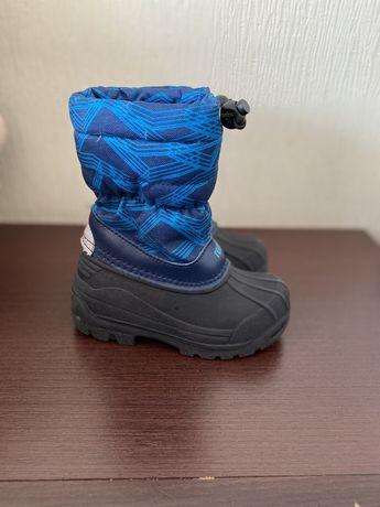Продам зимние ботинки Reima