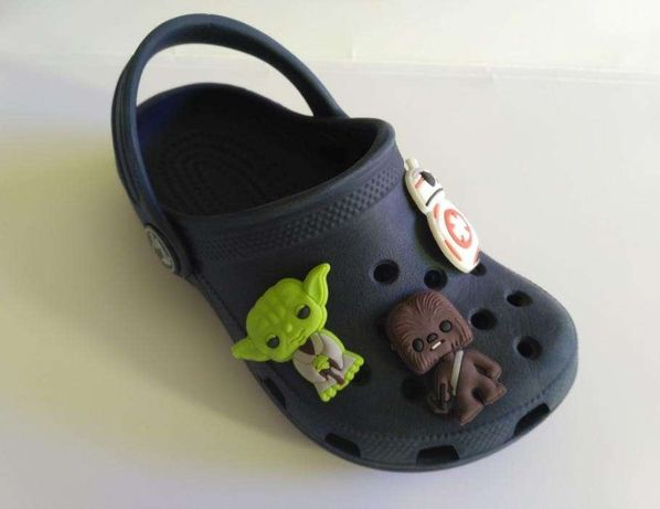 Star Wars - pins para pulseiras e calçado tipo crocs