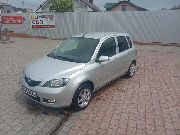 Продам Mazda 2    1.4 дизель