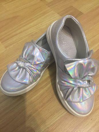 Туфлі для дівчинки 28 розмір