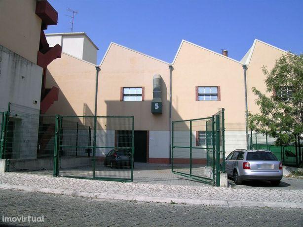 Prédio Venda Lisboa   2.101 m2   Rendimento de 7,6%