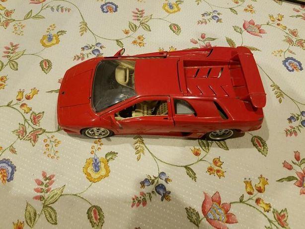 Lamborghini Diablo (1990) 1/18 Burago