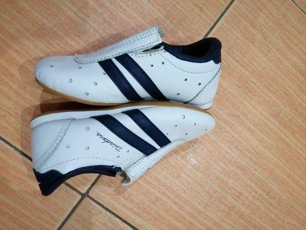 Buty sportowe Diadora 24/25 (15,5 cm) jak nowe