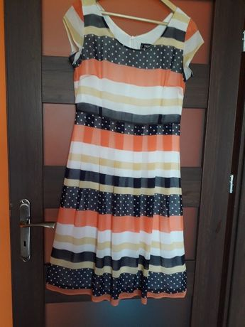 Elegancka , letnia zwiewna sukienka