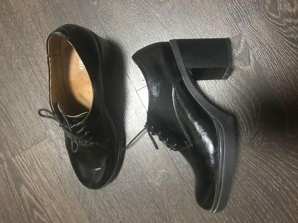Продам Туфли На шнурке