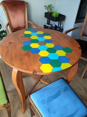Okrągły stół po odnowieniu
