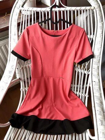 Sukienka różowo-czarna elegancka rozmiar M