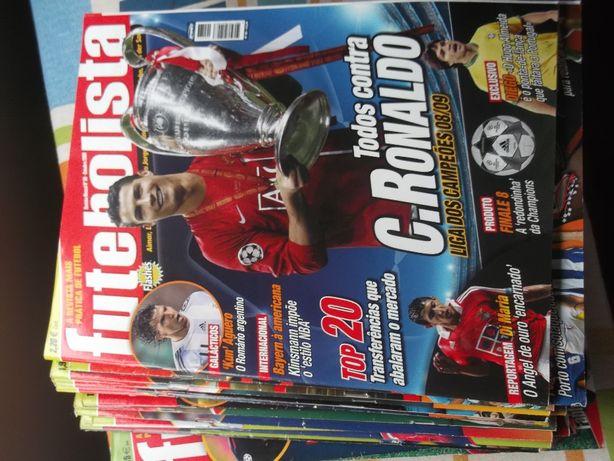 Revistas Futebolista e A Bola