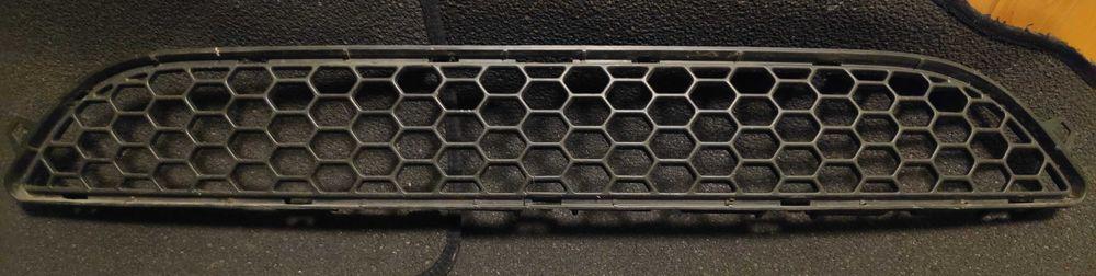 Atrapa kratka zderzaka środkowa do Volvo S60 V60 Lipinki - image 1