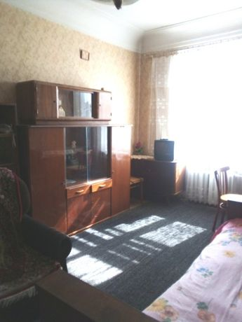 Пугачева, отдельная комната метро Лукьяновка, центр Татарская