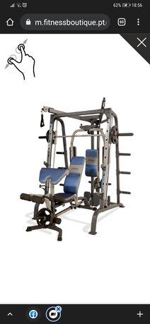 Máquina multifunções gym