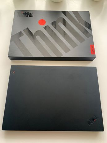 Продам свой ноутбук Lenovo ThinkPad X1 Extreme в идеальном состоянии
