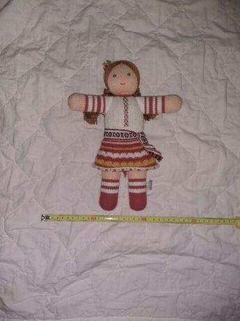 Кукла в национальной одежде украинка