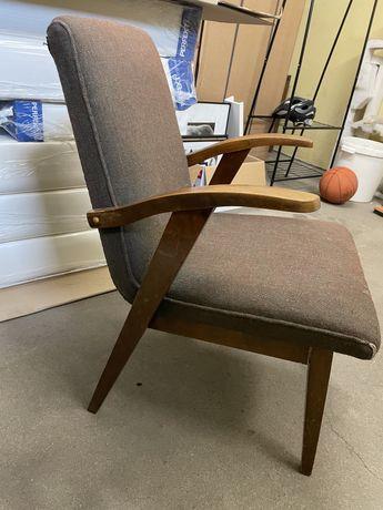 Fotel do reniwacji Puchala prl