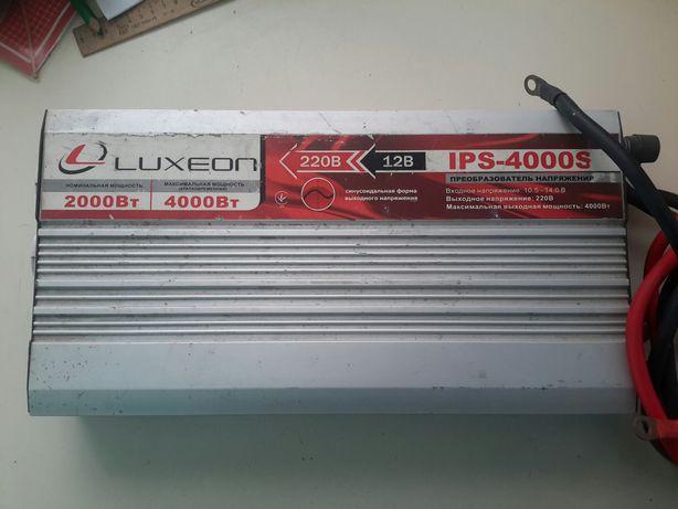 Инвертор (Преобразователь) LuxeonIPS-4000S