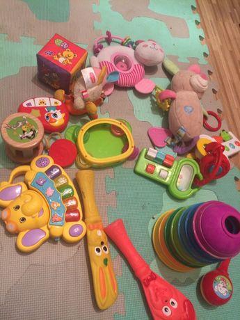 zabawki niemowlece- grajace, grzechotki, edukacyjne, przywieszki do wo