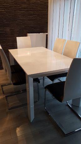 Stół biały lakierowany plus 6 krzeseł