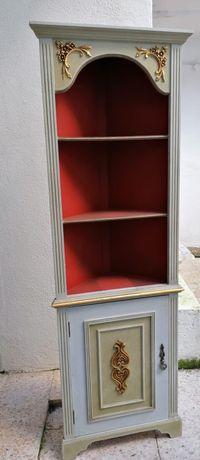 Móvel armário de canto antigo, muito estimado
