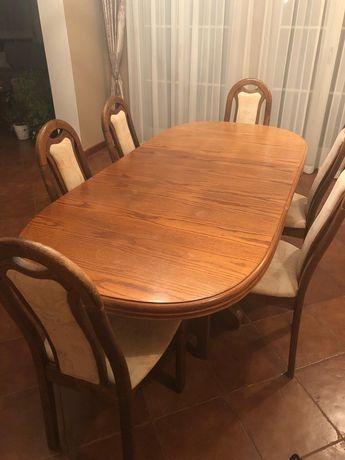 Stół drewniany rozkładany i 6 krzeseł