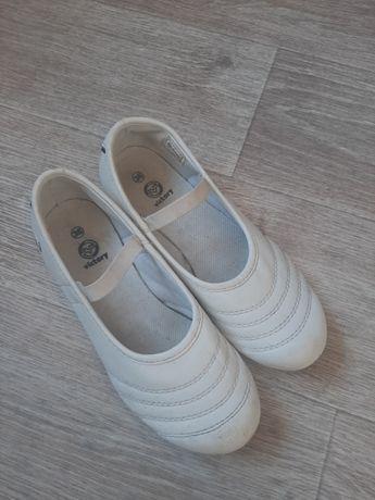 Туфлі спортивні, мокасіни для дівчинки, 23 см