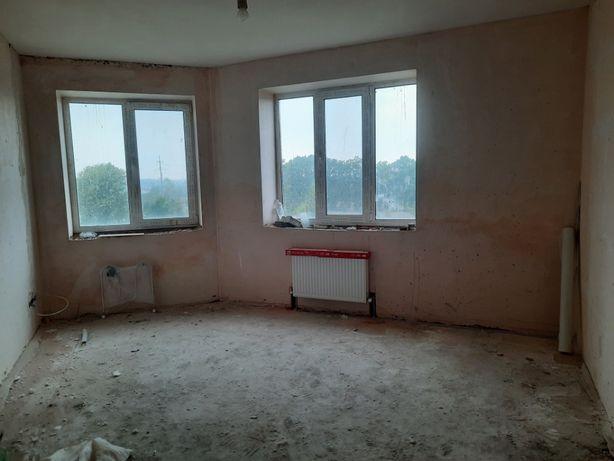 Продам однокомнатную квартиру с частичным ремонтом. ЖК Буча Квартал