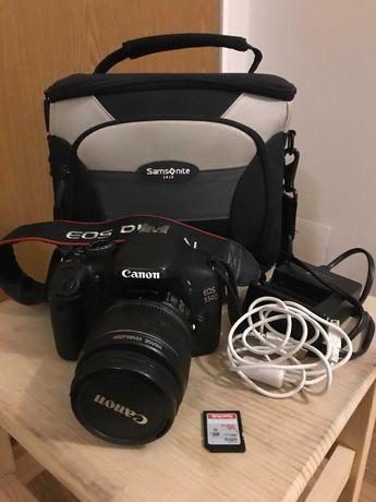 Lustrzanka Canon EOS 550D + obiektyw kit+ akcesoria