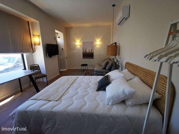 Apartamento T0 mobilado no Estoril